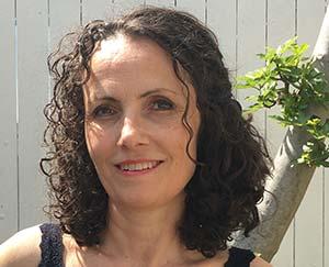 Liselotte Buch er Akupunktør, Fysioterapeut og Posturologisk behandler samt indehaver af Aku-Fysio Klinik.